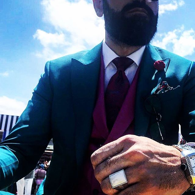1970 at Pitti Uomo....Oscar Graves. #pittiuomo #PittiOpticalPower #menstyle  #luxuryring #firenze #mens #mensstyle #mensfashion #pittiegram #instaman #bespoke #dublin #silver #mensweardaily #menswear #jewelry #luxury #champion #gentleman #dublin #instafashion