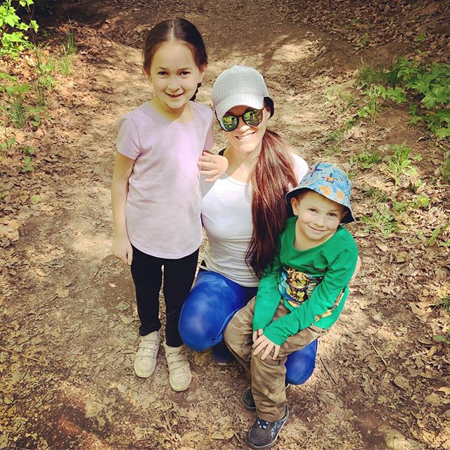 Mother's Day hike with my little Argers! Hoping to instill the love of hiking and nature that I have. (Bonus, no one fights when they're hiking 😉👩🏻👦🏼) Motherhood: the hardest, best, most fulfilling job no one can prepare ya for! 🌟🌟🌟
