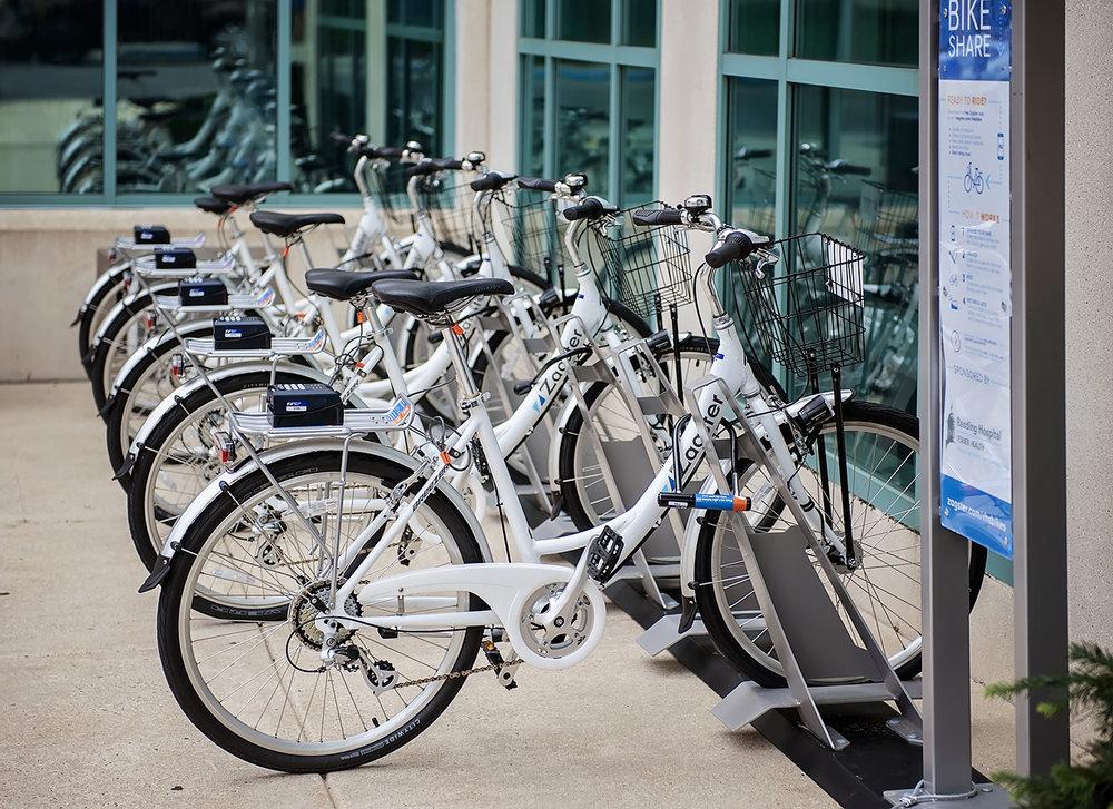 bikes6726_RHTH_sm.jpg