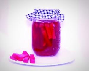 - Navets RosesFormat : 500 gPrêts à servirSource de microbiotePrix 5$ Ingrédients : Navets, betteraves & sel rose non raffiné.1-2 c. à soupe (15-30 g) /jour offre une excellente source de prébiotiques, probiotiques & d'enzymes. Produit non pasteurisé, non stérilisé, sans agent de conservation. Un léger dépôt est normal pour ce produit. Conseils : Si désiré un goût plus prononcé, laisser à la température ambiante. Ajouter de l'eau si le dessus se déshydrate.