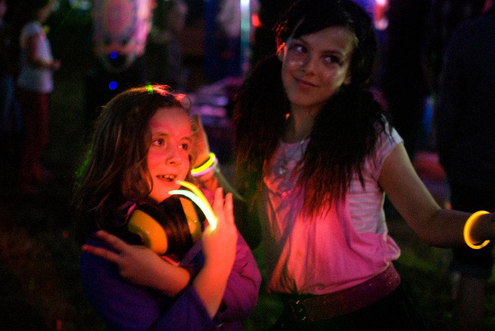 GEORGINACOOK-SMALL-WORLD-FESTIVAL-GIRLS-UV.jpg