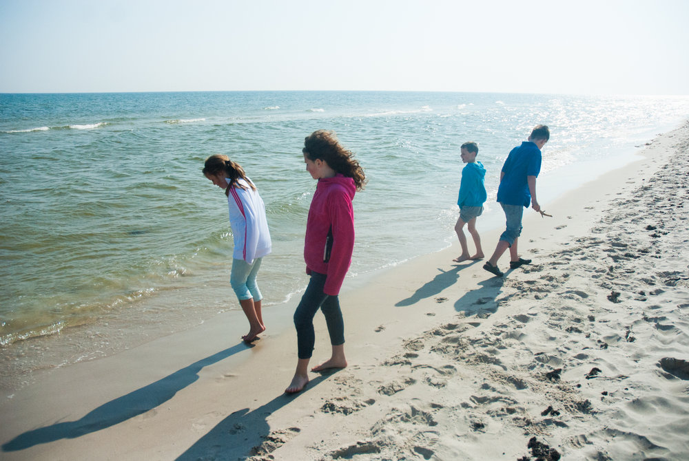 Cousins on the beach, Skåne