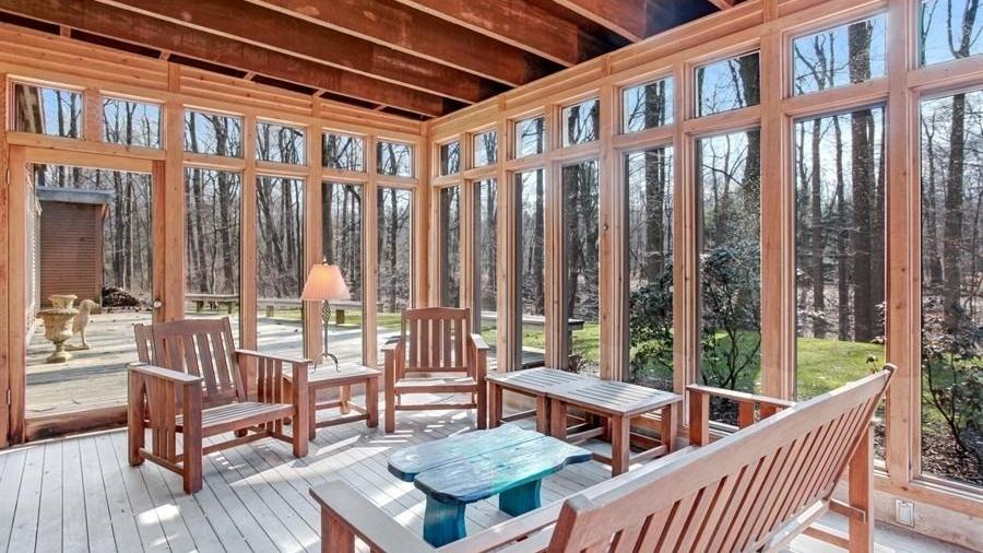 paradise lakeside michigan 49116 vacation rental  (8).jpg