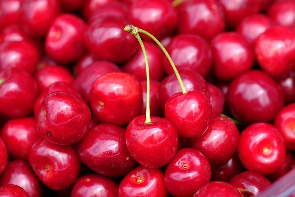 cherry-3480615_1920.jpg