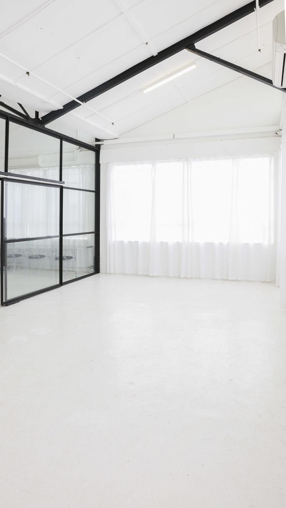 side-studio-4.jpg