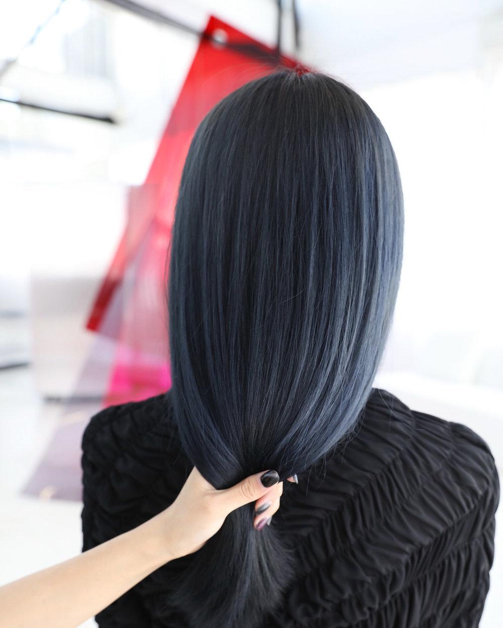 moonstone blue - Whole-head bleach, Colour, CutPRICEapprox. $640 (Whole-head bleach long $380, Colour $190, Cut from $70)TIMEapprox. 5 hour