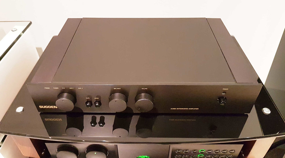 Sugden A28B Integrated Amp. Rare $650 - SOLD - Hand built in UKRated at 45 watts/ch into 8 ohms.Large transformer, hot running, basically designed for the fussy music lover looking for the best sound at a great price. SOLD