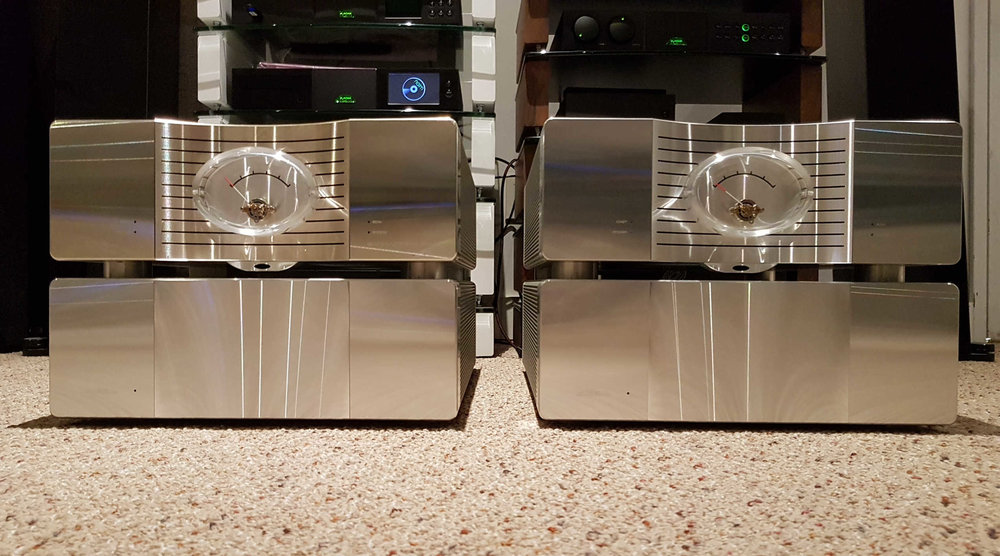 Krell Evolution One Rare Monoblocks -$35,000 - Top of the Line, 4 chassis designRated at 450 watts @ 8ohms Pure Class ABuilt without compromiseExcellent condition except one amp module shows light discoloration on the top right edge.