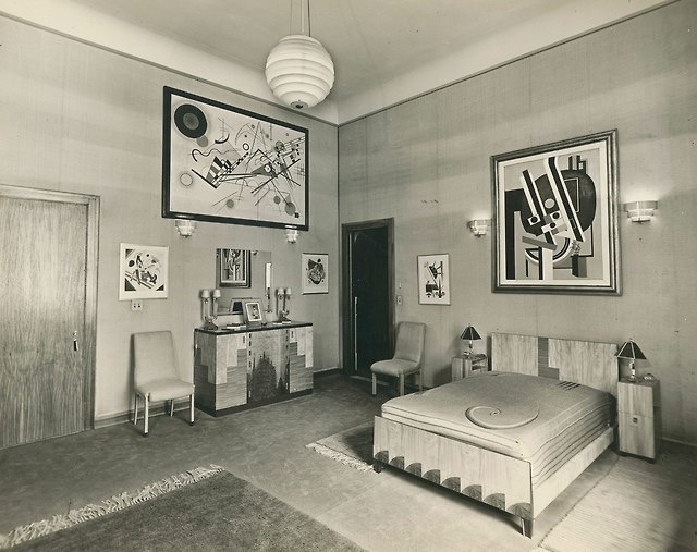 bedroom in the guggenheims suite at the plaza hotel, 1930