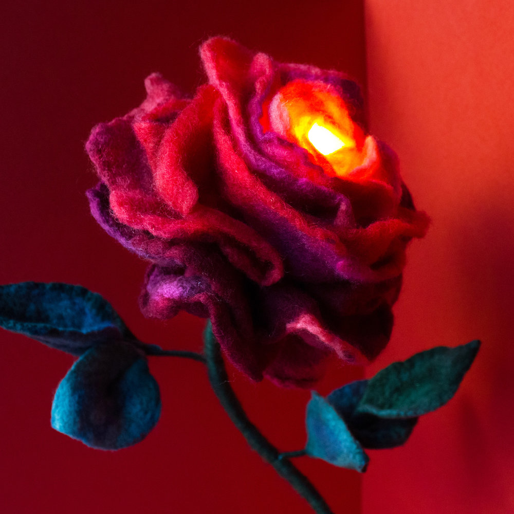 felt-flower-lamp_Cherry-Rose_Adelya-Tumasyeva_2.jpg