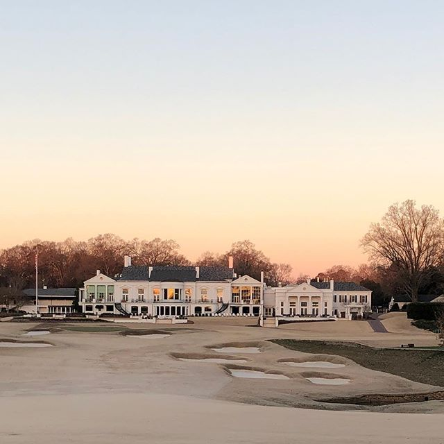 Even when it's 24* that soft morning light is beyond beautiful. @charlottecountryclub