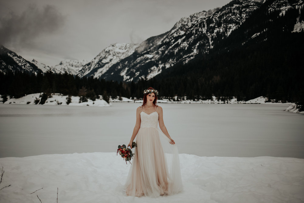 gold-creek-pond-elopement-wedding-megan-gallagher-photography (62 of 195).jpg