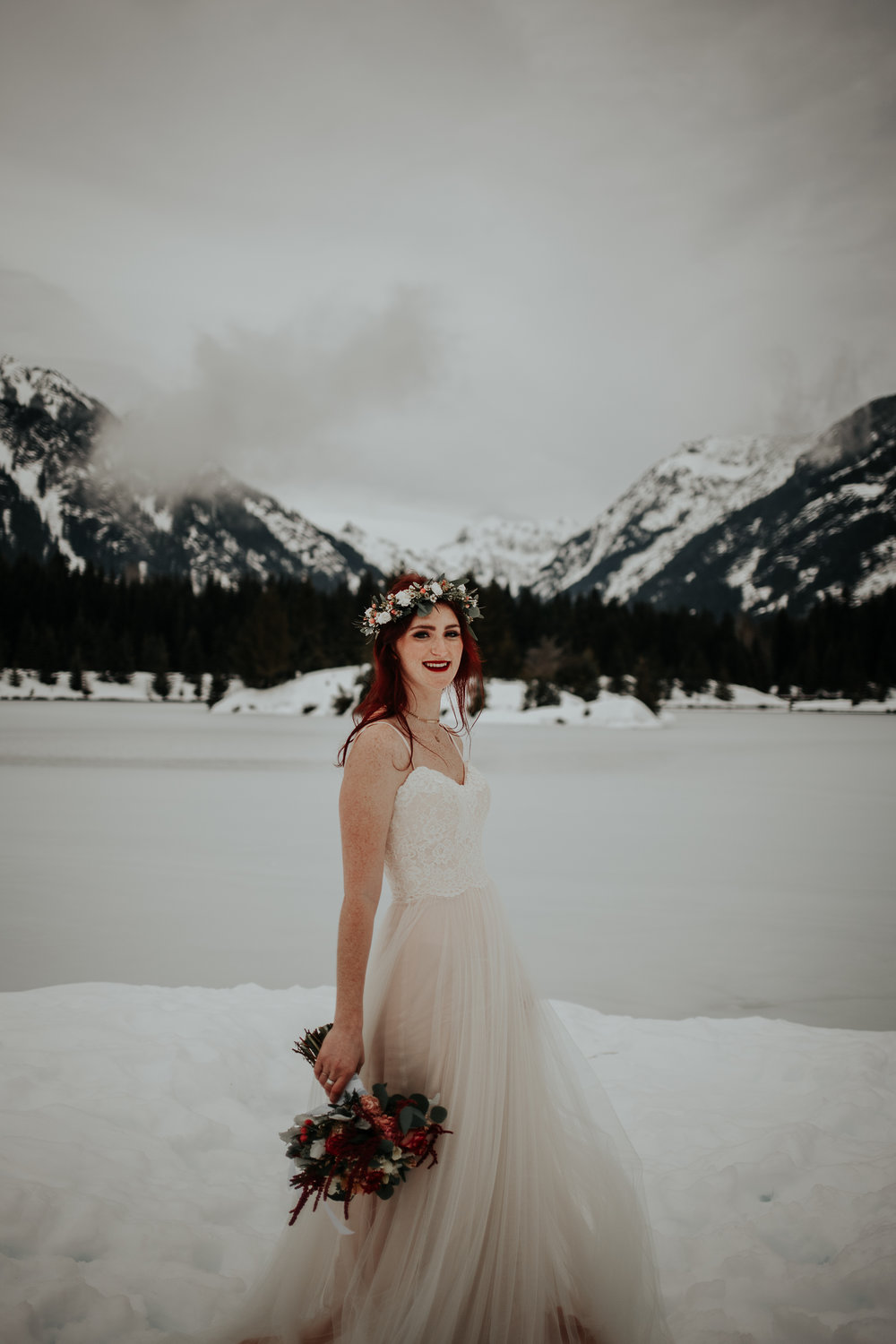 gold-creek-pond-elopement-wedding-megan-gallagher-photography (73 of 195).jpg