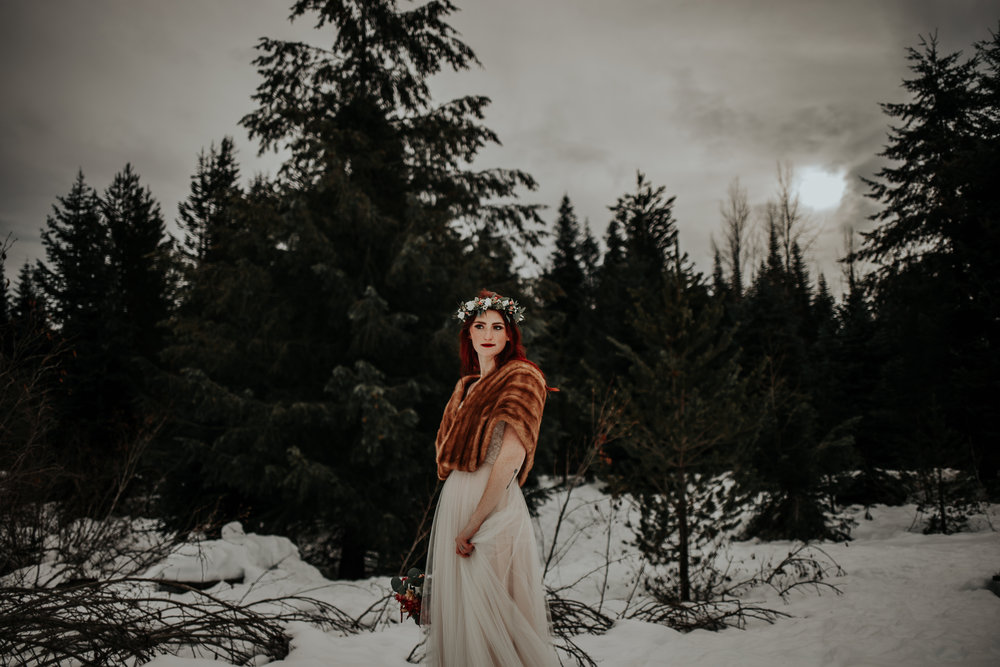gold-creek-pond-elopement-wedding-megan-gallagher-photography (105 of 195).jpg