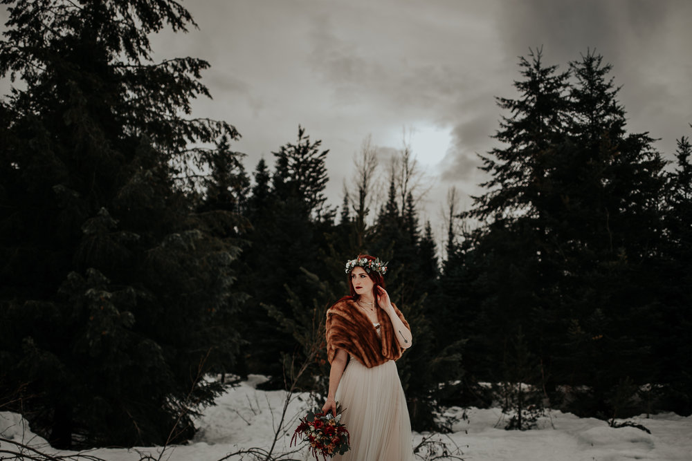 gold-creek-pond-elopement-wedding-megan-gallagher-photography (109 of 195).jpg