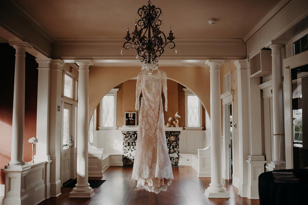 getting-ready-broadway-hall-bellingham-wedding-megan-gallagher-photography (1 of 381).jpg