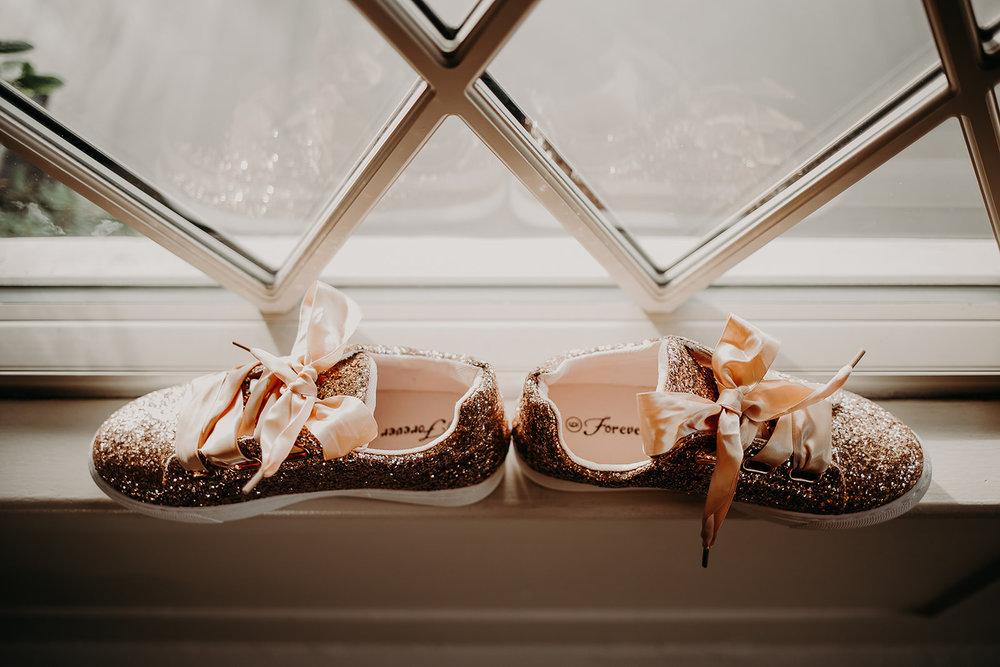 getting-ready-broadway-hall-bellingham-wedding-megan-gallagher-photography (16 of 381).jpg