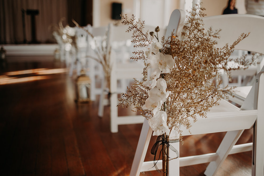 getting-ready-broadway-hall-bellingham-wedding-megan-gallagher-photography (40 of 381).jpg