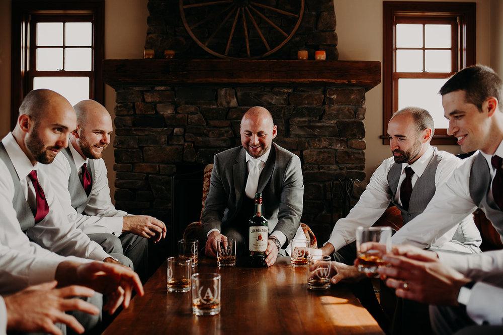 cattle-barn-wedding-cle-elum-wedding-megan-gallagher-photography-winston-salem-photographer (4).jpg