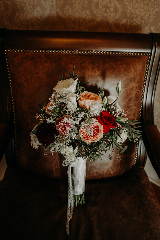 cattle-barn-wedding-cle-elum-wedding-megan-gallagher-photography-winston-salem-photographer (14).jpg