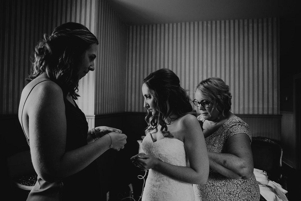 cattle-barn-wedding-cle-elum-wedding-megan-gallagher-photography-winston-salem-photographer (33).jpg