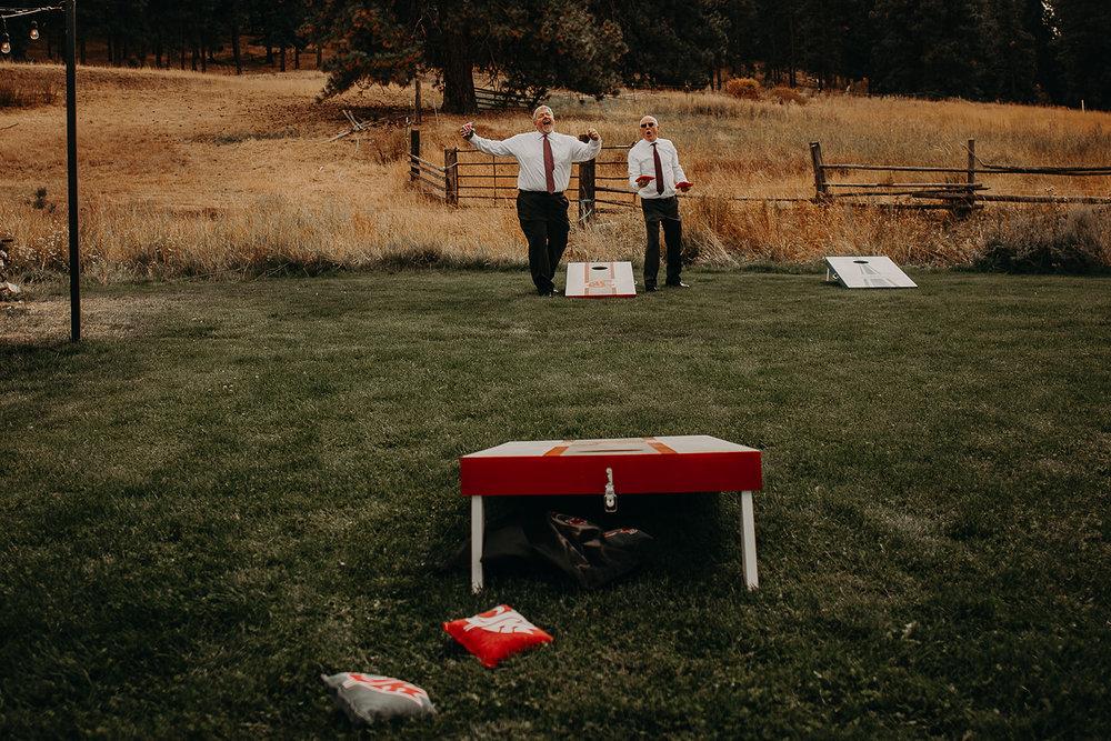 cattle-barn-wedding-cle-elum-wedding-megan-gallagher-photography-winston-salem-photographer (47).jpg