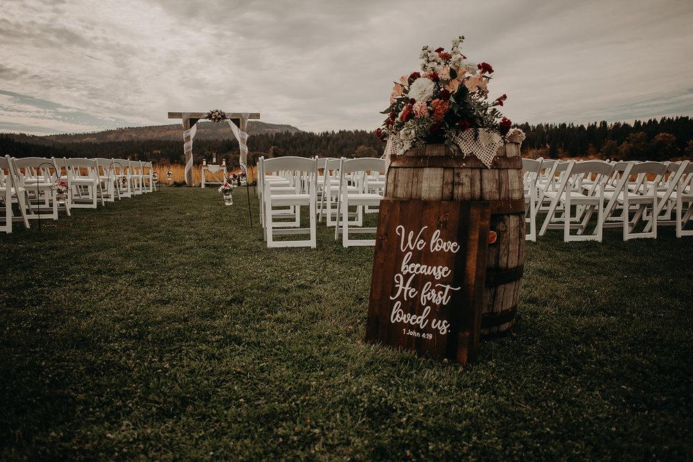cattle-barn-wedding-cle-elum-wedding-megan-gallagher-photography-winston-salem-photographer (52).jpg