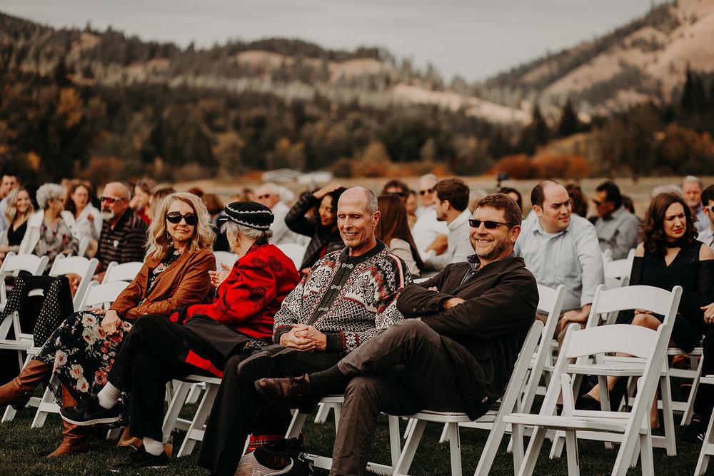 cattle-barn-cle-elum-washington-wedding-megan-gallagher-photography-winston-salem-photographer (4).jpg