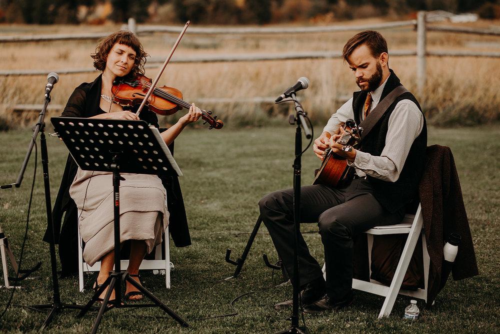 cattle-barn-cle-elum-washington-wedding-megan-gallagher-photography-winston-salem-photographer (11).jpg