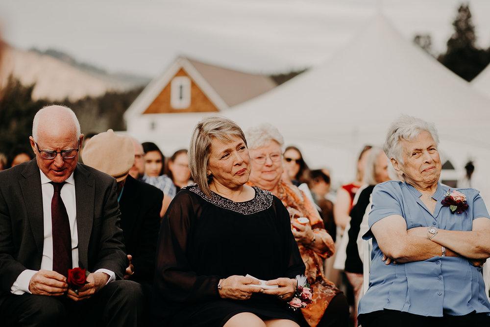 cattle-barn-cle-elum-washington-wedding-megan-gallagher-photography-winston-salem-photographer (21).jpg