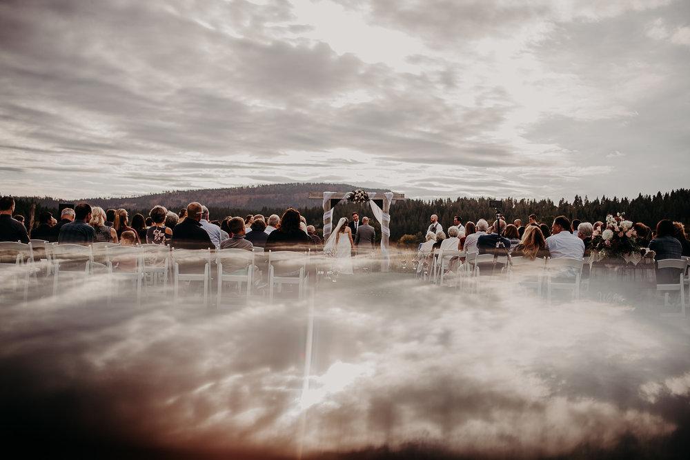 cattle-barn-cle-elum-washington-wedding-megan-gallagher-photography-winston-salem-photographer (30).jpg