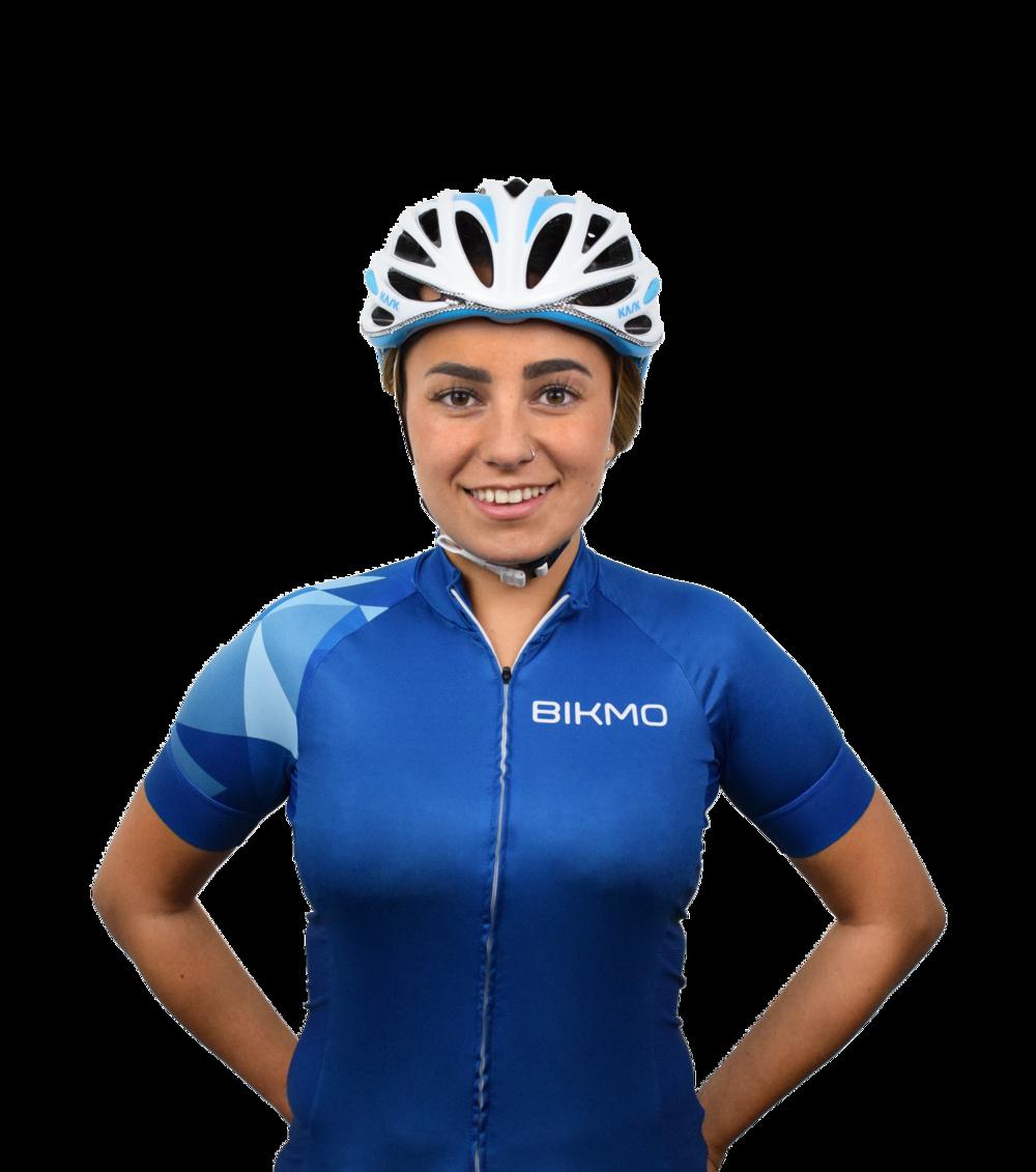 "<img src=""isobel_Cycling.jpeg"" alt=""bikmo team izzy"">"