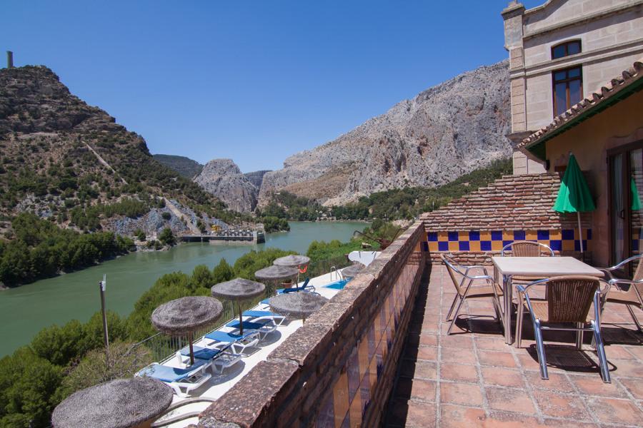Hotel accomodation by El Chorro Lakes -