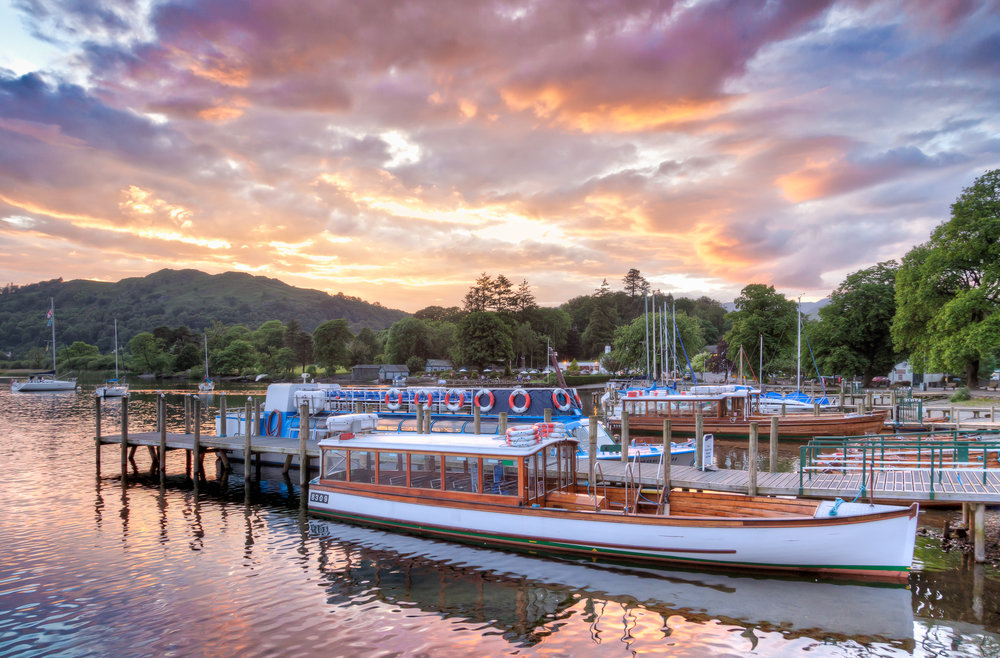 Waterhead Sunset, Ambleside   Canon EOS 5D Mark II EF 24-105mm f4L, 24mm 1/30 sec at f/8, ISO 800