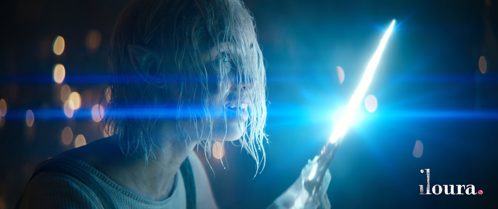 Exmples of the anamorphic blue strip lens flares.