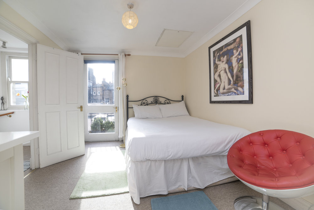 17 Airbnb Property Photography London Wide Angle Lens Modern Inexpensive.JPG