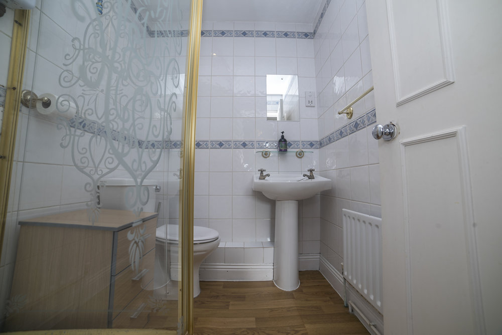31 Airbnb Property Photography London Wide Angle Lens Modern Inexpensive.JPG