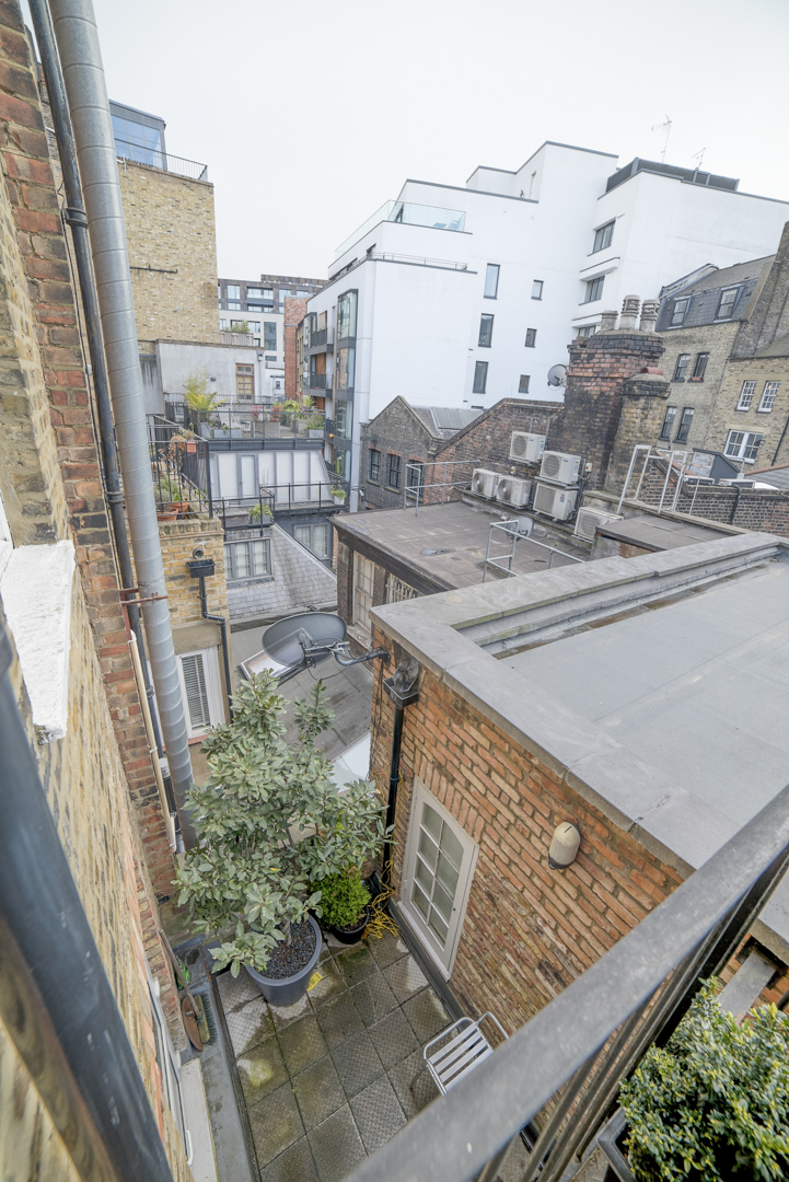34 Airbnb Property Photography London Wide Angle Lens Modern Inexpensive.JPG