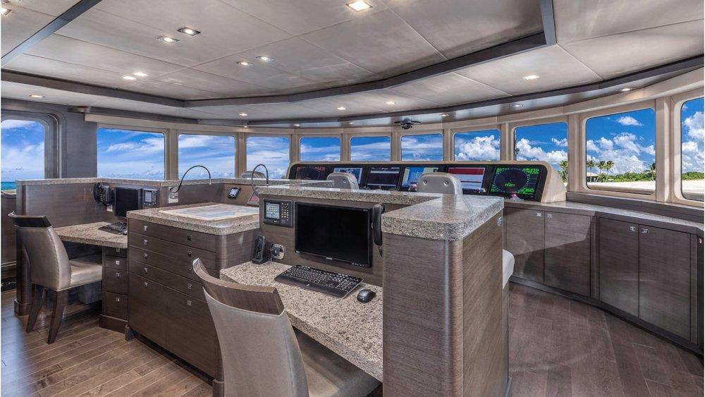 2.superyacht-photography-uk-yacht-boat-snapgenius-deluxe.jpeg