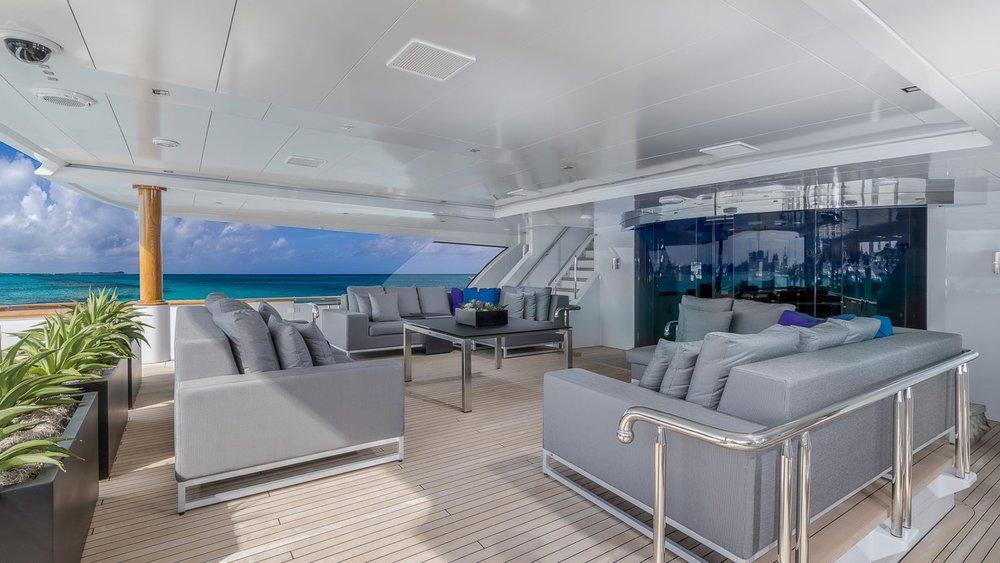5.superyacht-photography-uk-yacht-boat-snapgenius-deluxe.jpeg