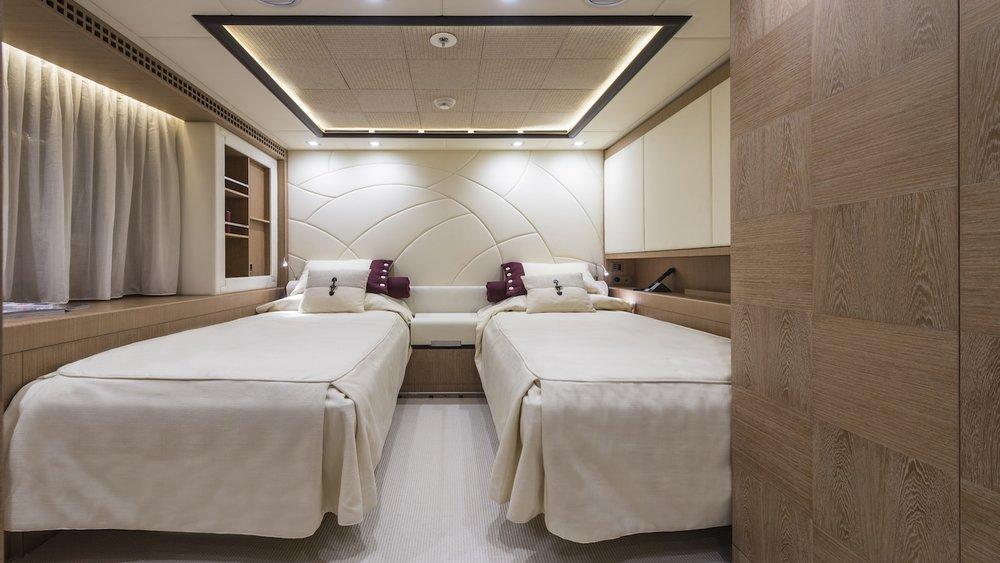 17.superyacht-photography-uk-yacht-boat-snapgenius-deluxe.jpg
