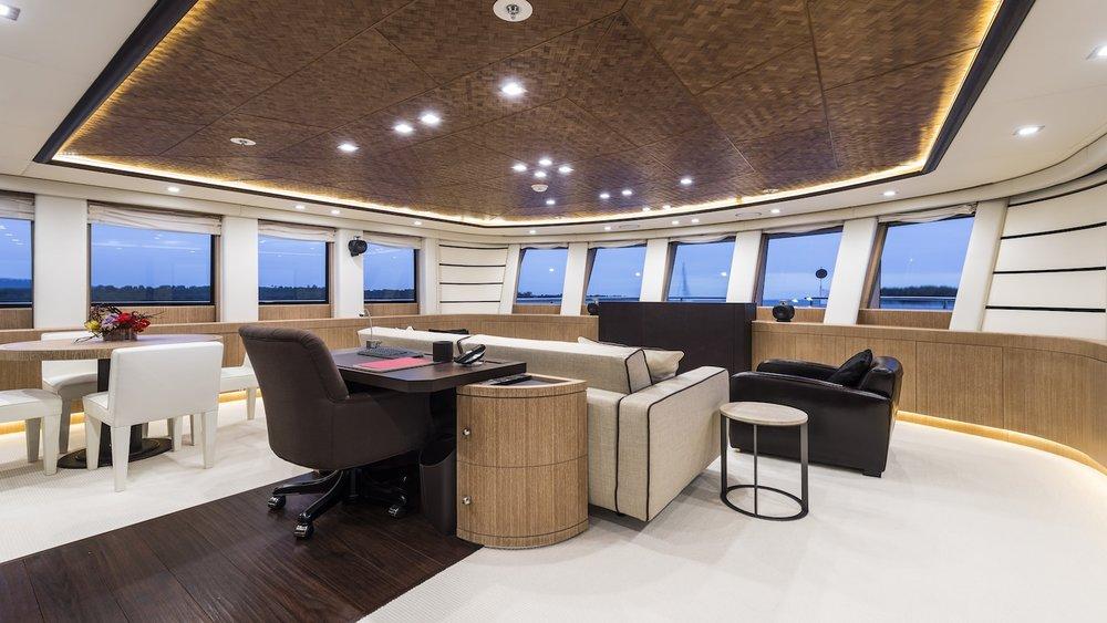 18.superyacht-photography-uk-yacht-boat-snapgenius-deluxe.jpg