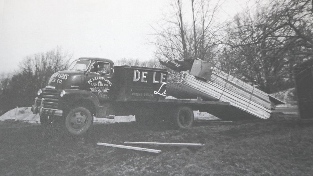 deleeuw-lumber-delivery-2.JPG