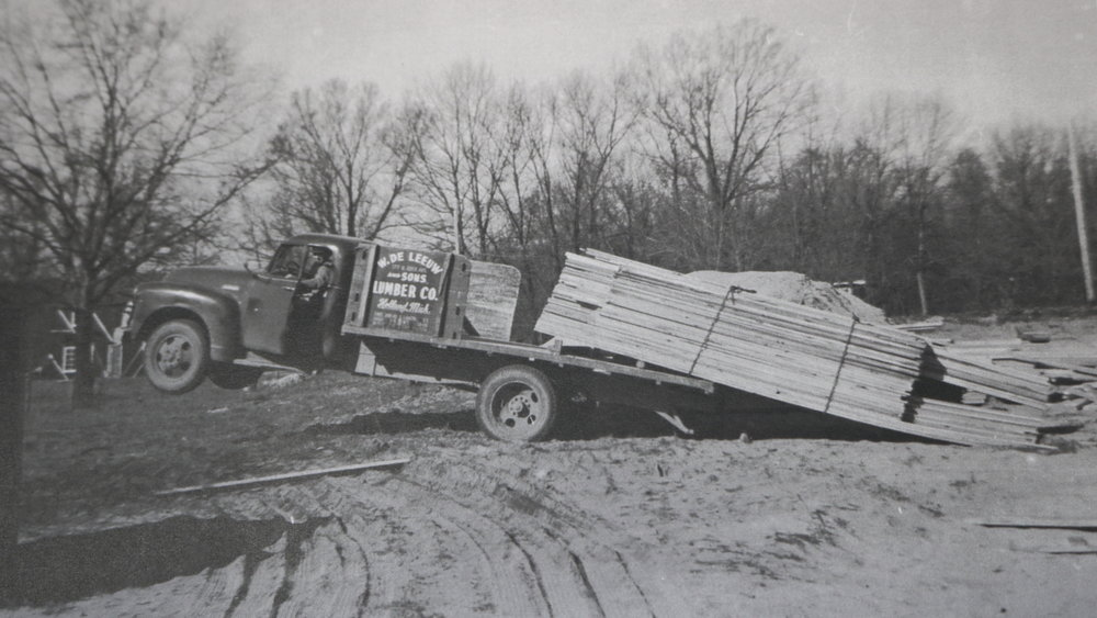 DeLeeuw Lumber Delivery
