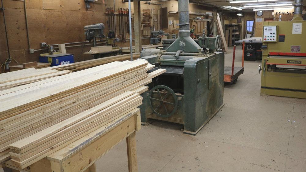 deleeuw-lumber-mill-planer.JPG