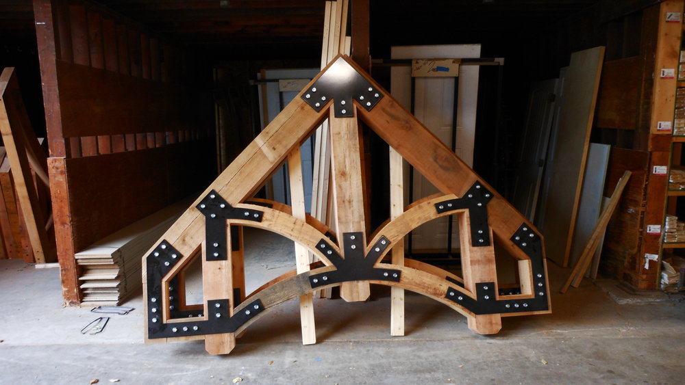 mill-custom-cedar-truss-wood.JPG