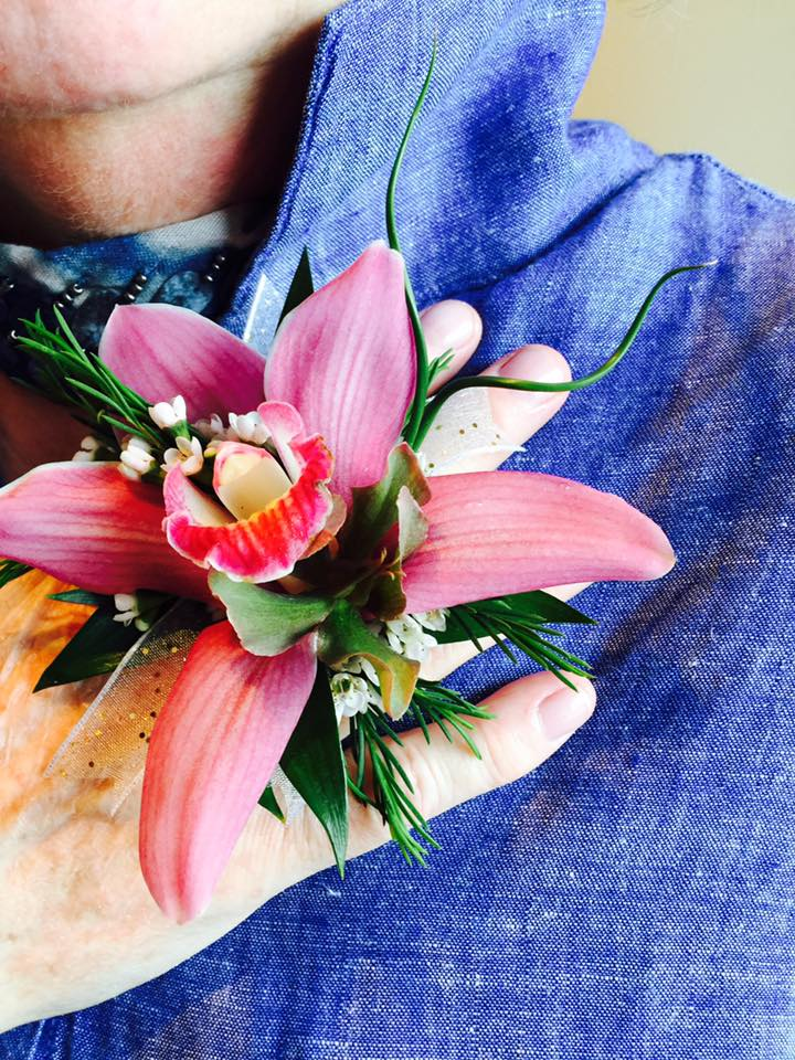 - CREATIVITY. UNIQUENESS. NERVE. TALENT. FLORAL RINGS. EXCLUSIVE. DESIGNED BY FLOWERS AT WILL.
