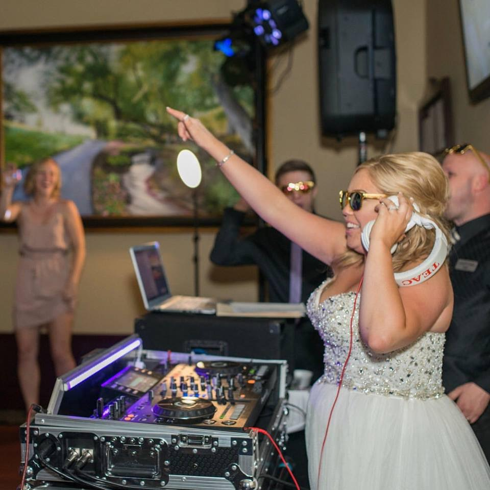 YO DJ. YO DJ. YO!          #McCrakenWedding                #DropTheMic -