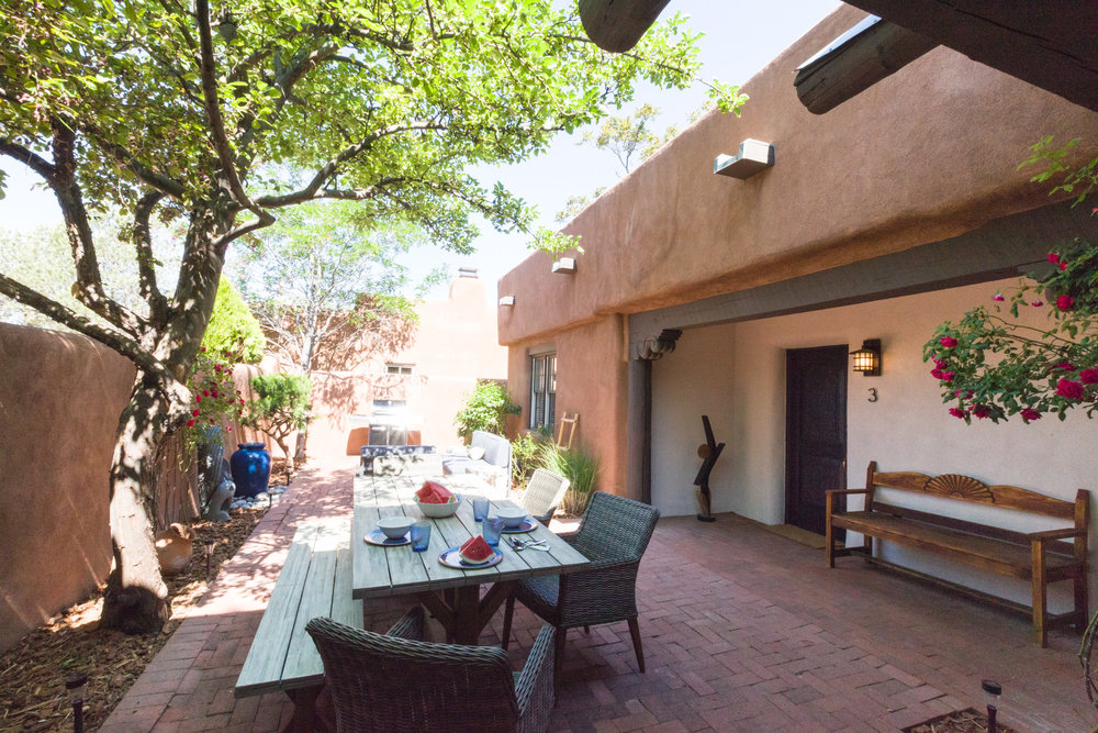 Shared Courtyard & BBQ Grill
