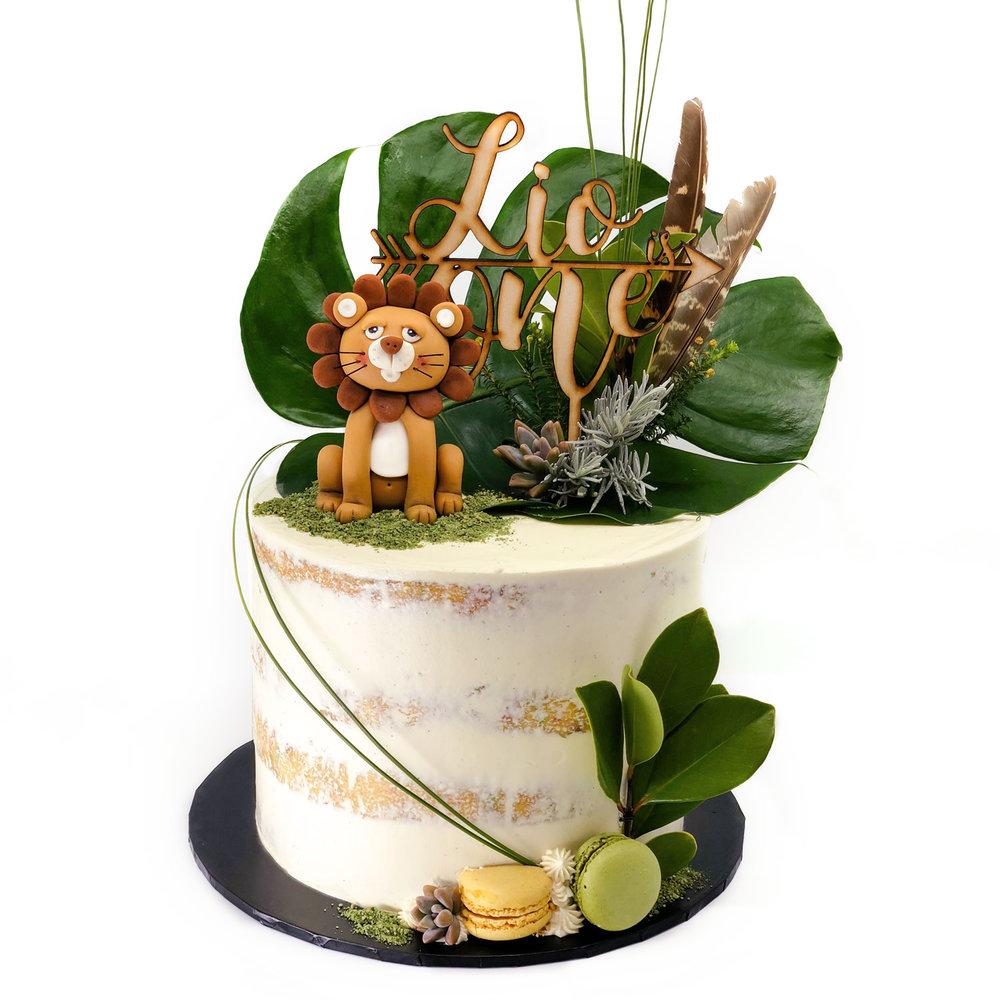 Lion tropical cake
